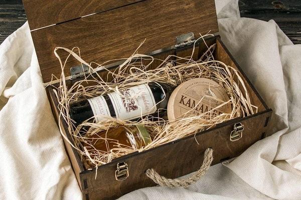 коробка для винной бутылки