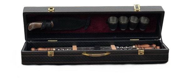 шашлычный набор в кожаном чемодане