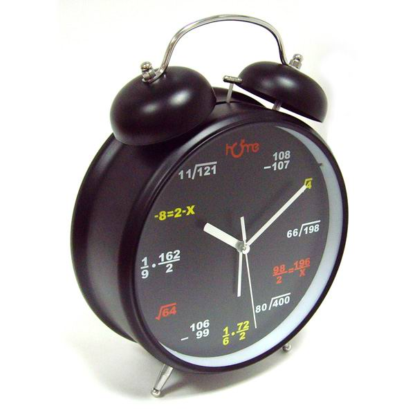 Часы-гигант Формулы на циферблате черные купить в Минске +375447651009