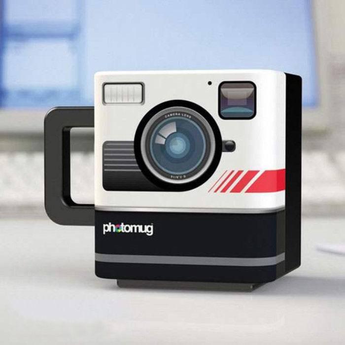 kruzka-v-forme-fotoapparata-retro-1