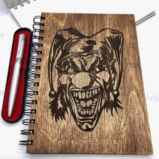 Блокнот в деревянной обложке «Клоун Шут» + ручка, цвет венге Минск +375447651009