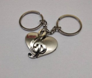 Брелок для двоих «Love» со скрипичным ключом купить в Минске +375447651009