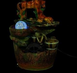 фонтан декоративный лошадь и жеребенок световой