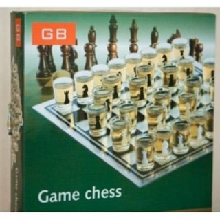Игровой набор «Алкогольные шахматы» купить в Минске +375447651009