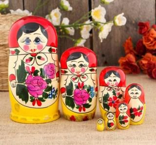 Матрешка «Анечка» красный платок купить в Минске +375447651009