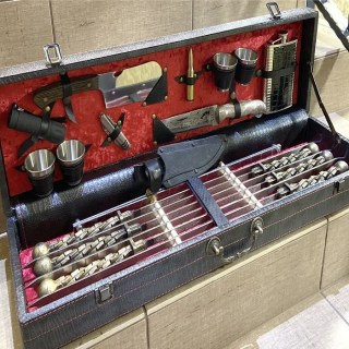 Набор для шашлыка в чемодане «Бисмарк» 18 предметов Минск +375447651009