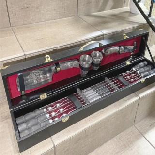 Набор для шашлыка в кожаном чемодане «Вояжер» 12 предметов черный Минск