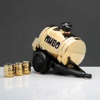 Набор штоф «Пиво-Вино» 2 л. 3 рюмки купить в Минске +375447651009