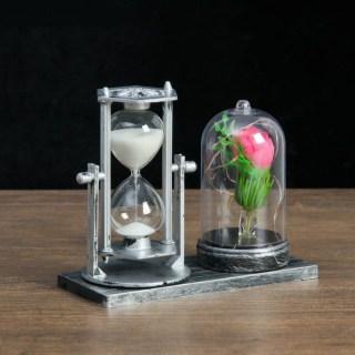 Песочные часы с цветком в колбе «Нежность» цвет: микс купить в Минске +375447651009