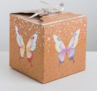 Подарочная коробка «Бабочки» 18 × 18 × 18 см купить в Минске +375447651009