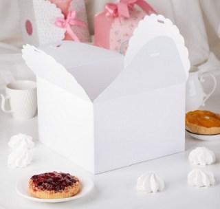 Подарочная коробка «Нежность» белая 14,5 х 9 х 14,5 см купить в Минске +375447651009
