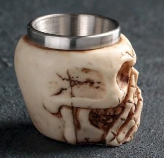 Подарочная рюмка « 3D Череп с рукой» 70 мл мл купить Минск +375447651009