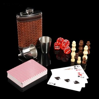 Подарочный набор с фляжкой и шахматами «Премьер»  купить в Минске +375447651009