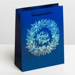 Подарочный пакет «Новогодний венок» голография 8 × 23 × 18 см купить в Минске +375447651009