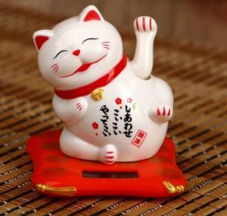 Сувенир на солнечной батарее «Кот счастья с улыбкой»  большой купить в Минске +375447651009