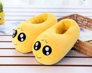 Веселые тапочки Emoji Грустный купить