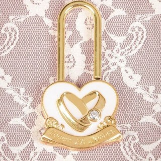 Замок свадебный «Белое сердце» купить в Минске +375447651009