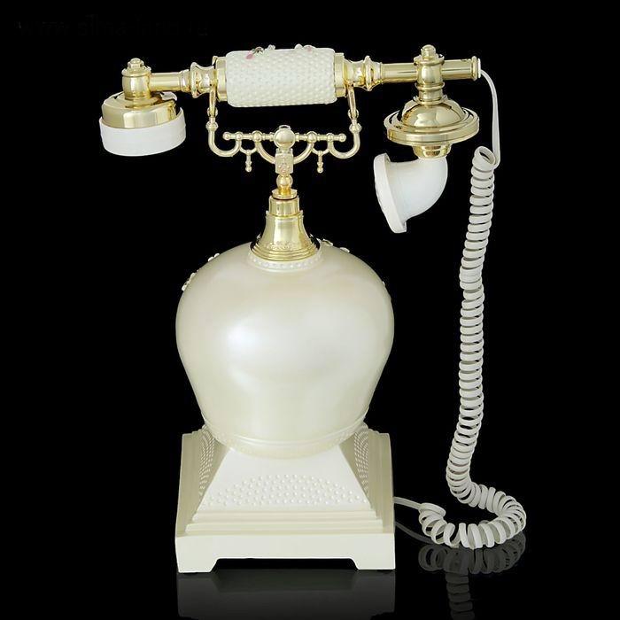 retro-telefon-rozi-v-vaze-2