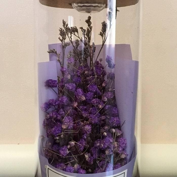 Цветы в стеклянной колбе с подсветкой «Гипсофила метельчатая» фиолетовые купить